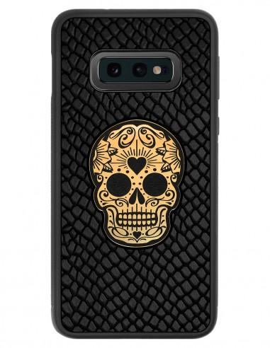 Etui premium skórzane, case na smartfon SAMSUNG GALAXY S10E. Skóra iguana czarna ze złotą czaszką.