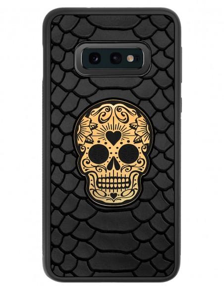 Etui premium skórzane, case na smartfon SAMSUNG GALAXY S10E. Skóra python czarna mat ze złotą czaszką.