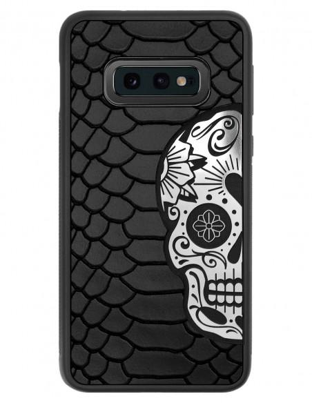 Etui premium skórzane, case na smartfon SAMSUNG GALAXY S10E. Skóra python czarna mat ze srebrną czaszką.